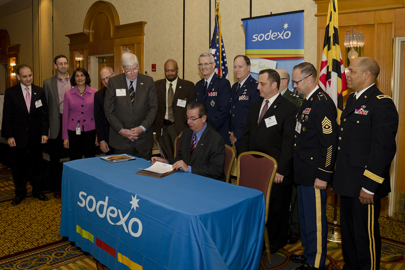 Sodexo CEO George Chavel signs statement of support for Sodexo employees who serve in the Guard and Reserve